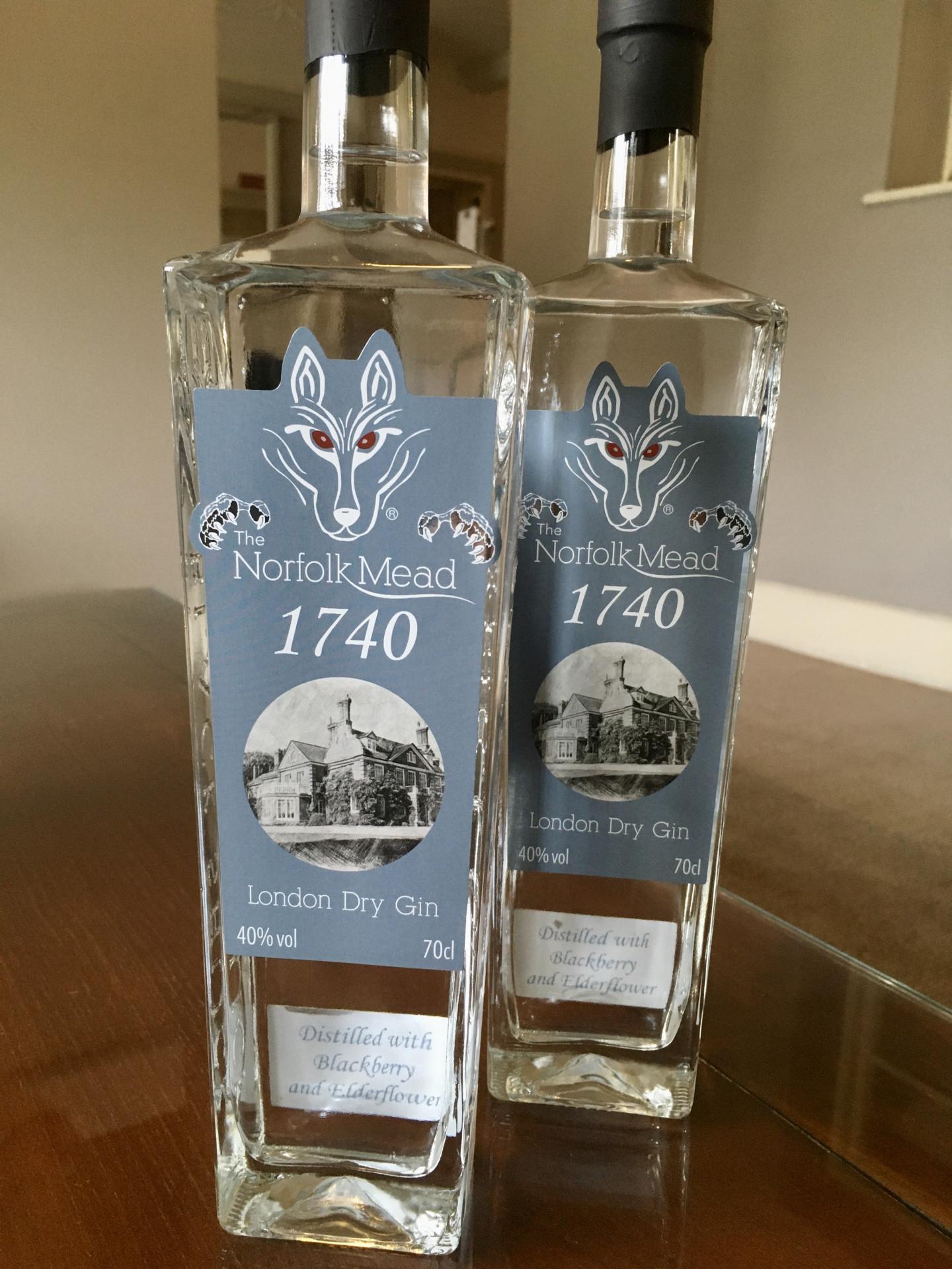 Norfolk Mead 1740 Gin distilled with Blackberry and Elderflower