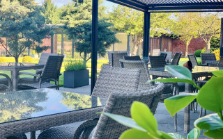 The Norfolk Mead covered alfresco dining area
