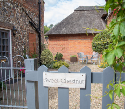 Sweet Chestnut | Cottage | Rooms